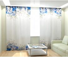 Фотошторы бело-голубые цветы
