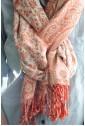Двухсторонний палантин розовый с белым узором