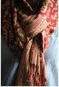 Красновато-коричневый палантин с белым узором
